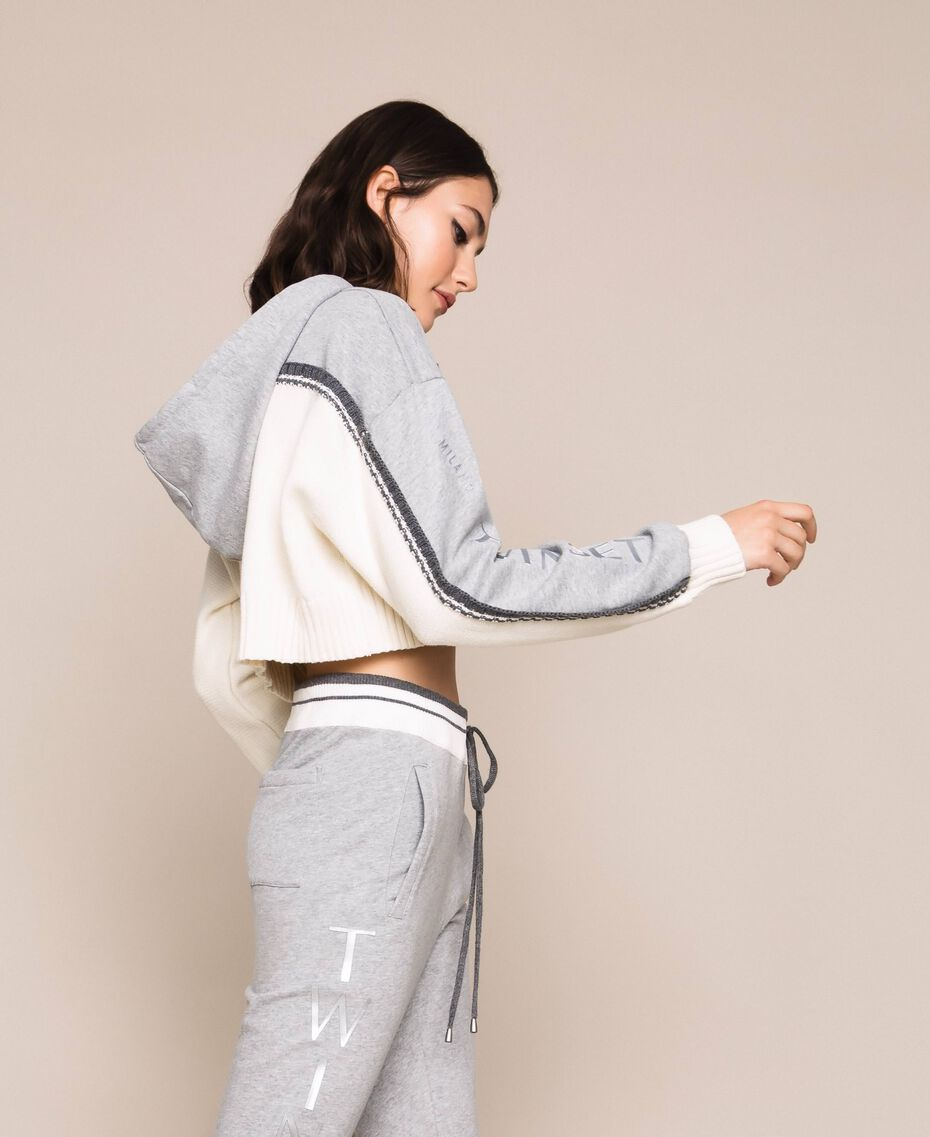 """Cropped jumper with plush inlay and logo Two-tone """"Snow"""" White / Melange Grey Woman 201TP3204-03"""