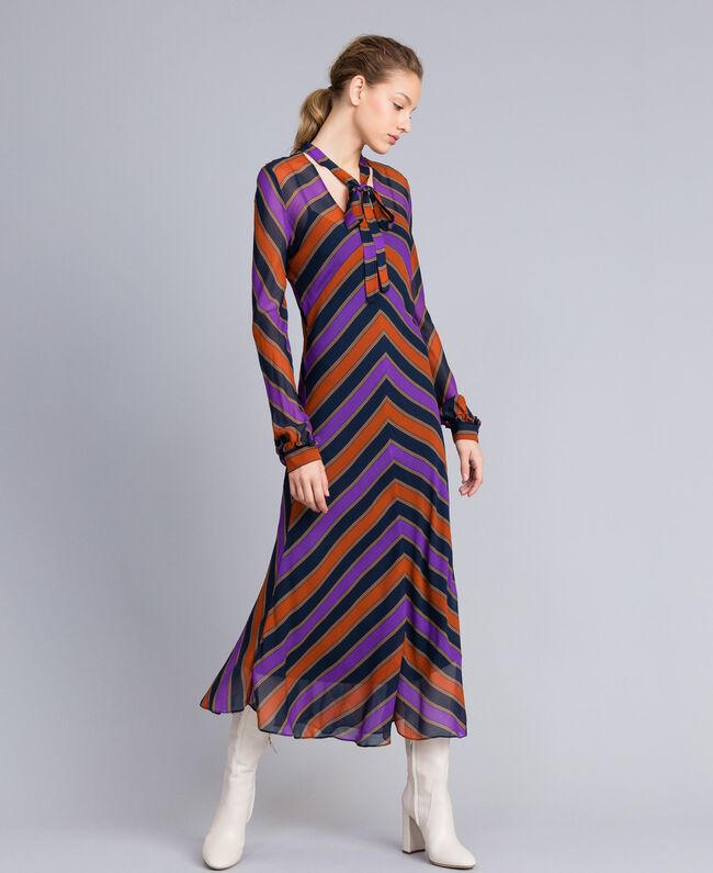 Maxikleid aus Georgette mit Streifen Streifenprint mehrfarbig Frau TA8294-01