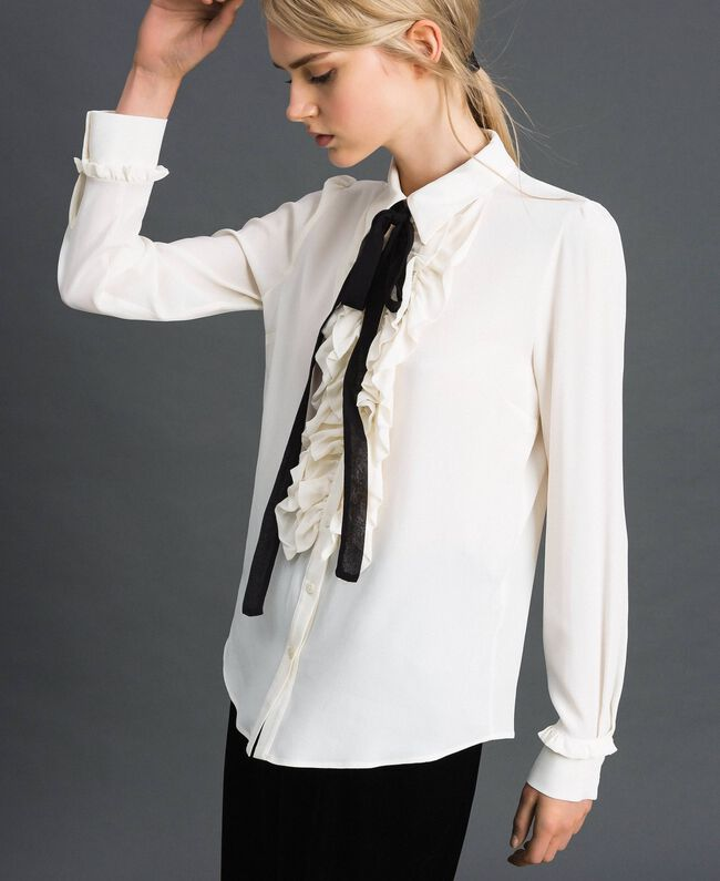 Crêpe de Chine shirt with frills White Snow Woman 192TT2431-03