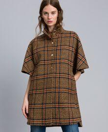 Manteau poncho à grands carreaux Bicolore Carreaux Beige Cookie/ Orange Brûlée Femme TA821C-02