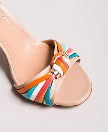 Zweifarbige Leder-Sandalen Nudebeige Frau 191TCT018-05