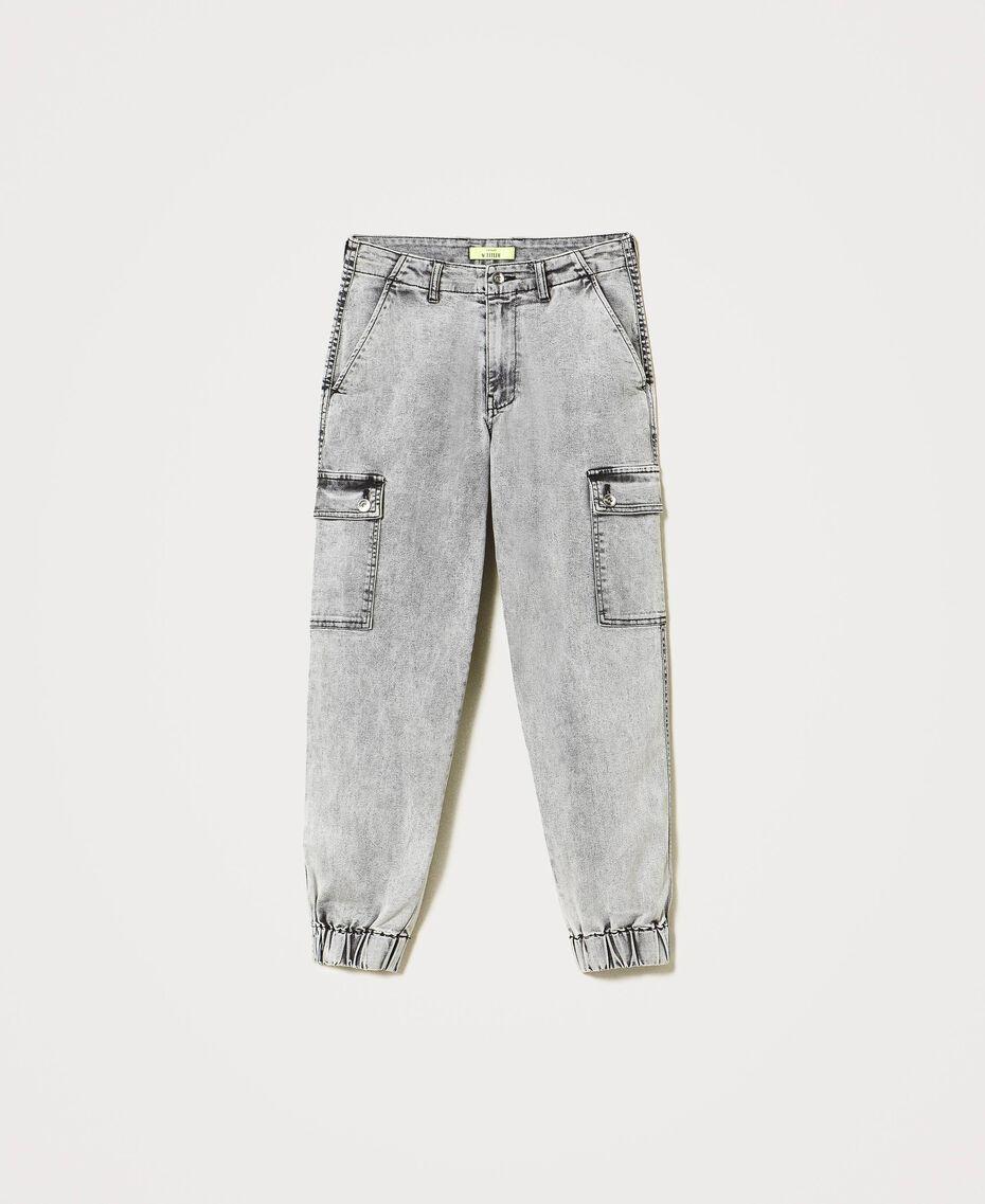 Jeans mit Cargotaschen Denim-Grau Frau 211MT256A-0S