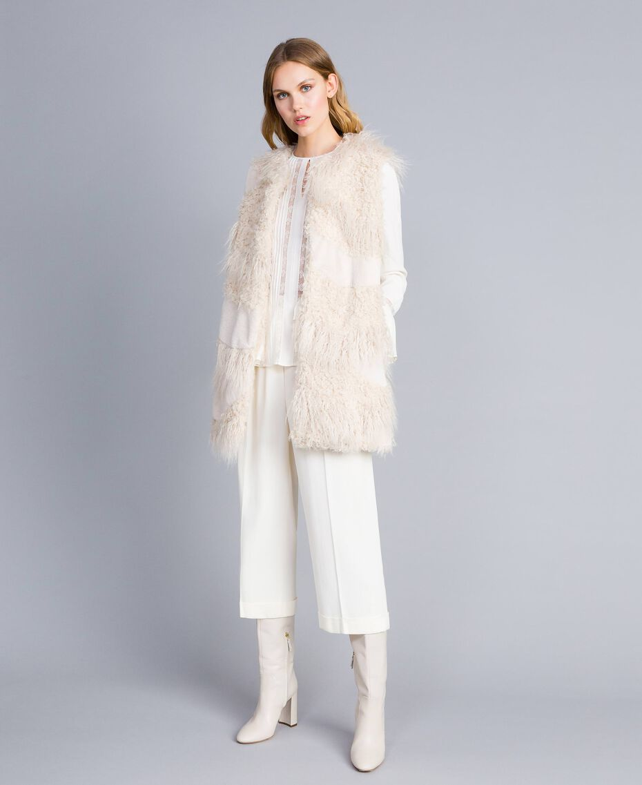 Long faux fur patch waistcoat White Snow Woman TA82A2-0T