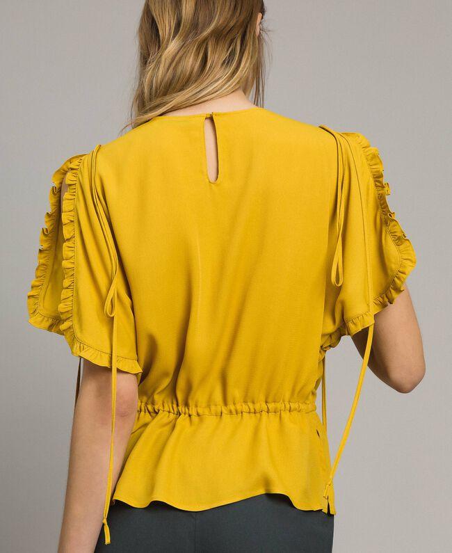 """Bluse mit Rüschen aus Seidenmischung """"Honey Gold"""" Frau 191TT2071-04"""