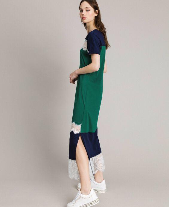 Vestido largo color block con encaje