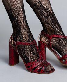 Кожаные босоножки с анималистическим узором Бордовый Питон женщина CA8PQ3-0S