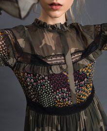 Robe avec imprimé camouflage et floral Imprimé Patch Fleur Camouflage Femme 192TT2122-04