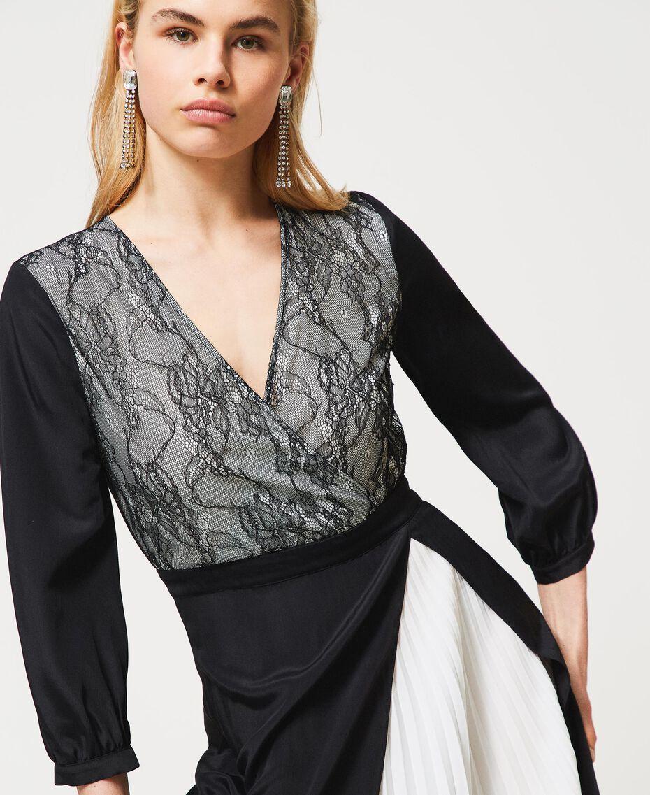 Robe longue avec dentelle de Chantilly et plissé Bicolore Noir / Blanc Optique Femme 211TQ210A-03