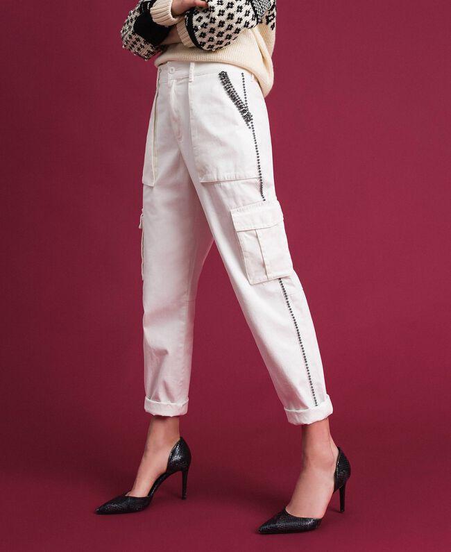 Pantaloni combat con pietre e borchie Bianco Neve Donna 192TP2583-03