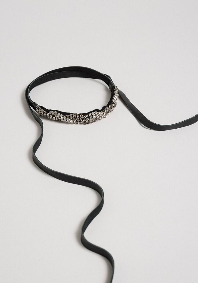 Rhinestone and leather choker-belt