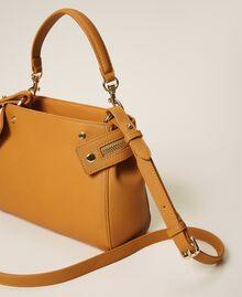Kleine New Cécile Bag aus Lederimitat Golden Yellow Frau 202TB7181-02