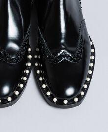 Beatle-Boots aus Leder mit Zierperlen Schwarz Frau CA8PKN-03