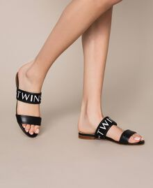 """Leather sliders with logo band Two-tone """"Geranium"""" Red / """"Jazz"""" Pink Woman 201TCT04J-0S"""