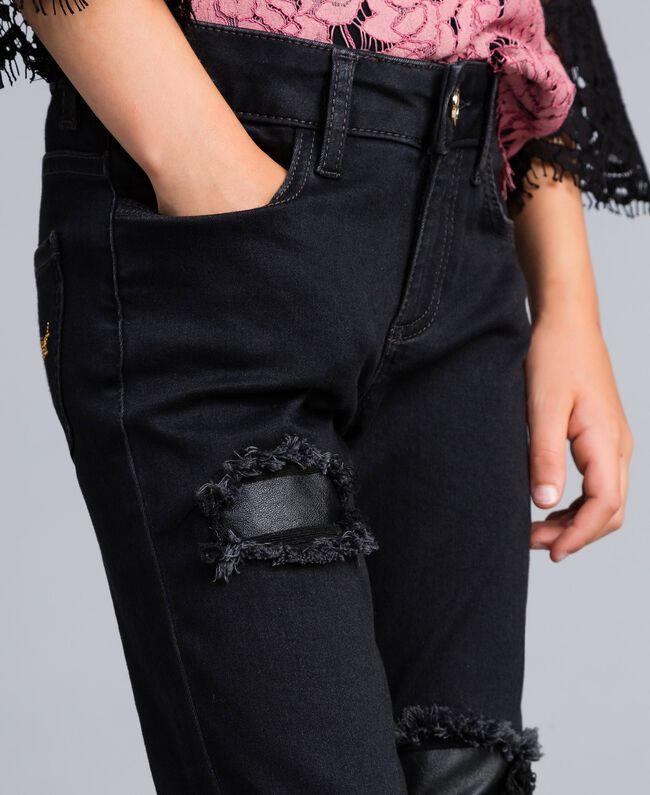 Jeans in denim nero con strappi Denim Grigio Scuro Bambina GA82UC-04