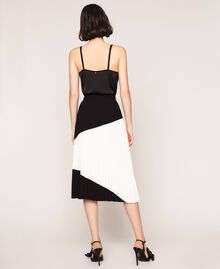"Pleated crêpe de Chine midi skirt Two-tone ""Silk"" White / Black Woman 201ST2013-04"