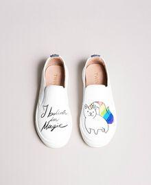 Slip-On-Sneakers mit Aufdruck Weiß Kind 191GCJ052-02