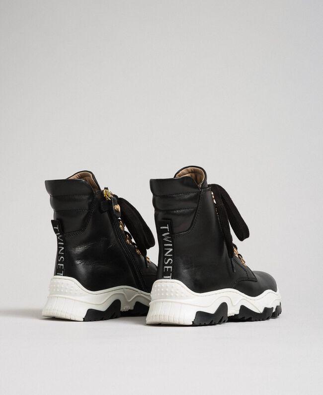 Sneakers alte in pelle con allacciatura trekking Nero Bambina 192GCJ022-03