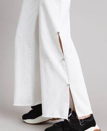 Wide-Leg-Jeans mit Schlitzen White Sahne Frau 191MP2500-05