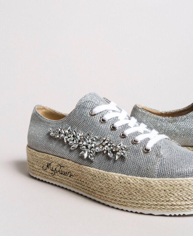 pretty nice e32ff 030e4 Sneakers in rete con pietre e logo Donna, Argento | TWINSET ...