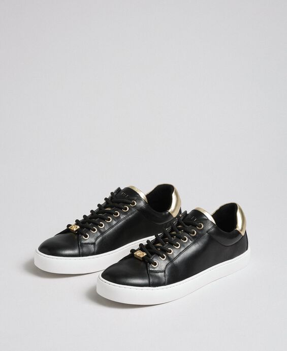 Leather trainers with contrasting details