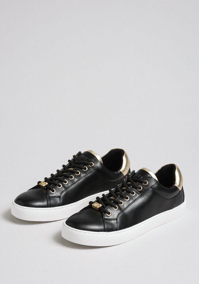 Sneakers de piel con detalles en contraste