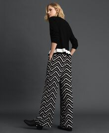 "Floral and chevron print palazzo trousers Black / ""Snow"" Chevron Print Woman 192TP252C-03"
