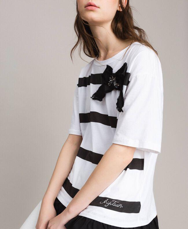 Maxi t-shirt rayé avec nœud Crème White Femme 191MP206C-04
