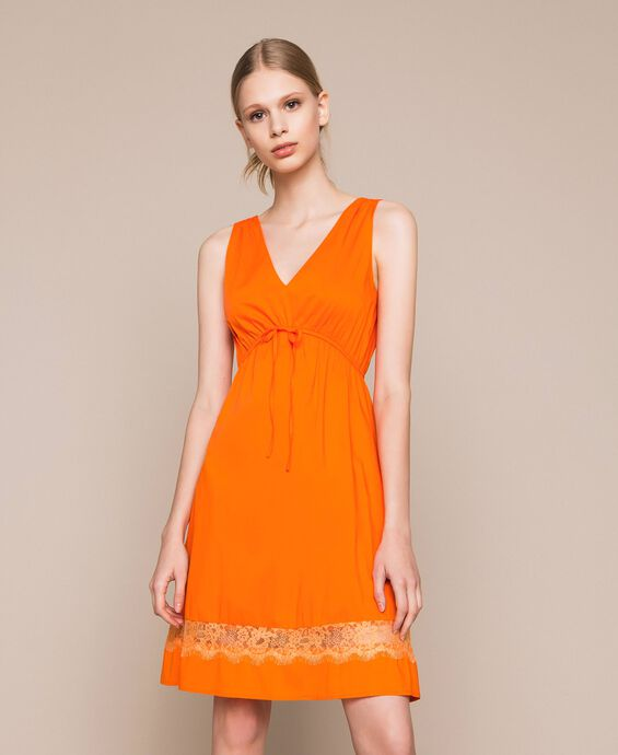 Poplin dress with lace