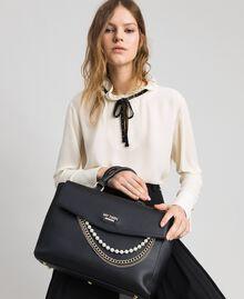 Shopper aus Lederimitat mit Perlen und Kettchen Schwarz Frau 192MA7053-0S