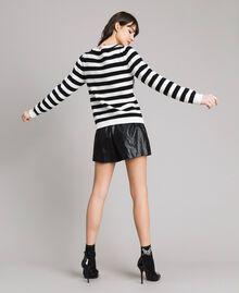 "Frayed heart striped top ""Snow"" White / Black Stripe Woman 191TP3010-03"