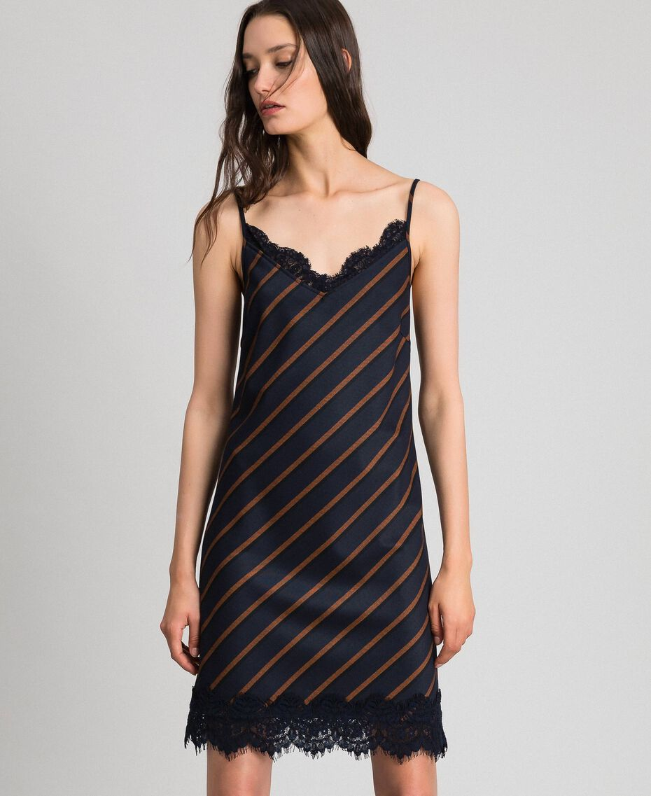 Robe nuisette rayée avec dentelle Rayé Bleu Nuit / Terre Battue Femme 192ST2234-05