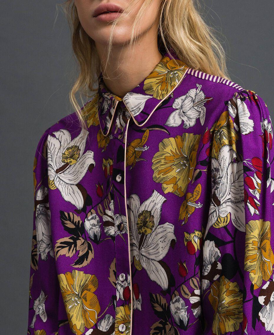 Langes Hemd mit Blumenprint Herbstblumenprint Lila Frau 192ST2223-01