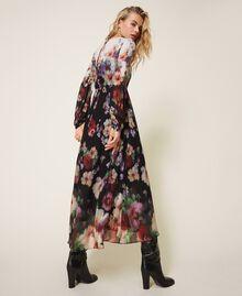 Длинное платье из жоржета с цветочным рисунком Принт Деграде Цветы Черный / Слоновая кость женщина 202TT2380-04