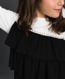T-shirt avec volants asymétriques et clous Blanc / Noir Enfant 192GJ2116-04