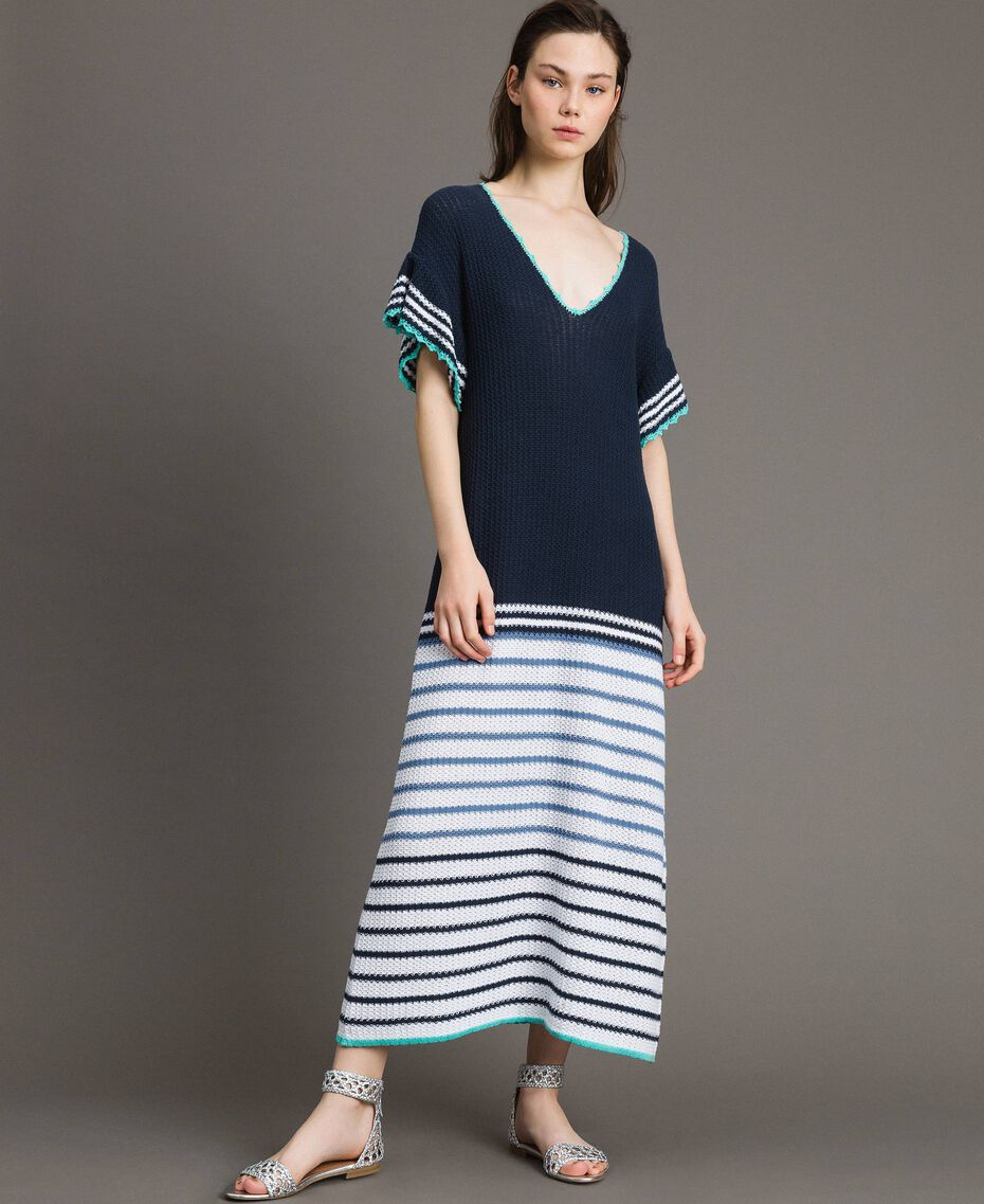 Langes Maxikleid mit Durchbruch-Streifenmuster Streifen Multicolour Blunight Frau 191MT3082-02