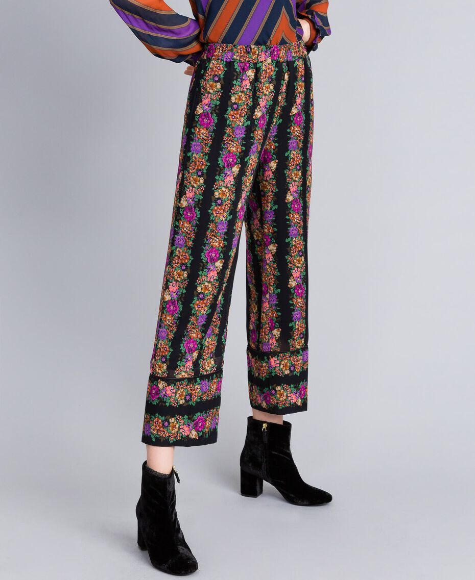 Floral print georgette cropped trousers Flower and Black Stripe Print Woman TA82X5-02