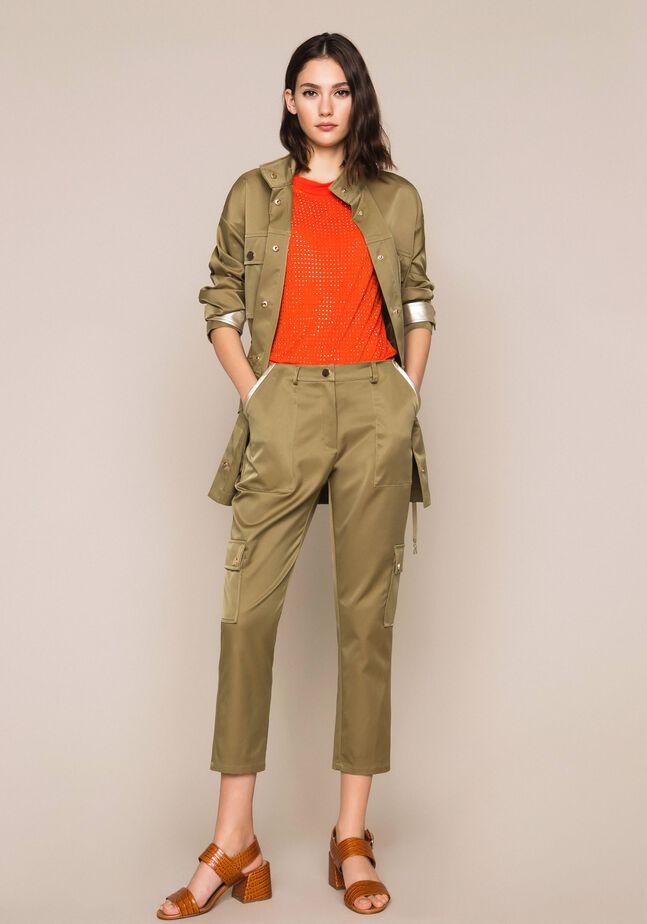 Pantaloni cargo con tasche