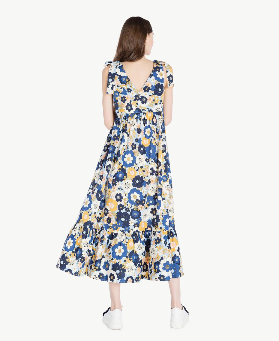 Langes Kleid mit Print Flacher Blumenprint Placid Blue Frau SS82PE-03