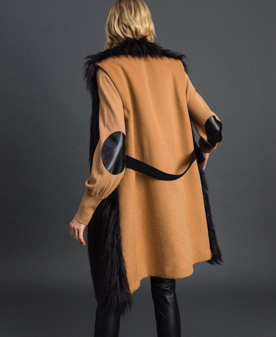 Longweste aus Pelzimitat und Tuch Schwarz / Sequoia-Beige Frau 192ST2031-03