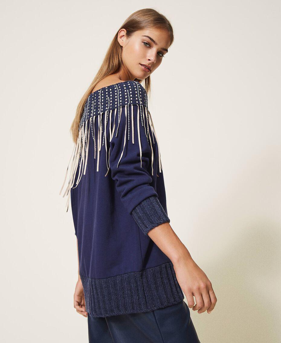 Sweatshirt mit Stickerei und Fransen Blackout Blau Frau 202LI2HAA-02