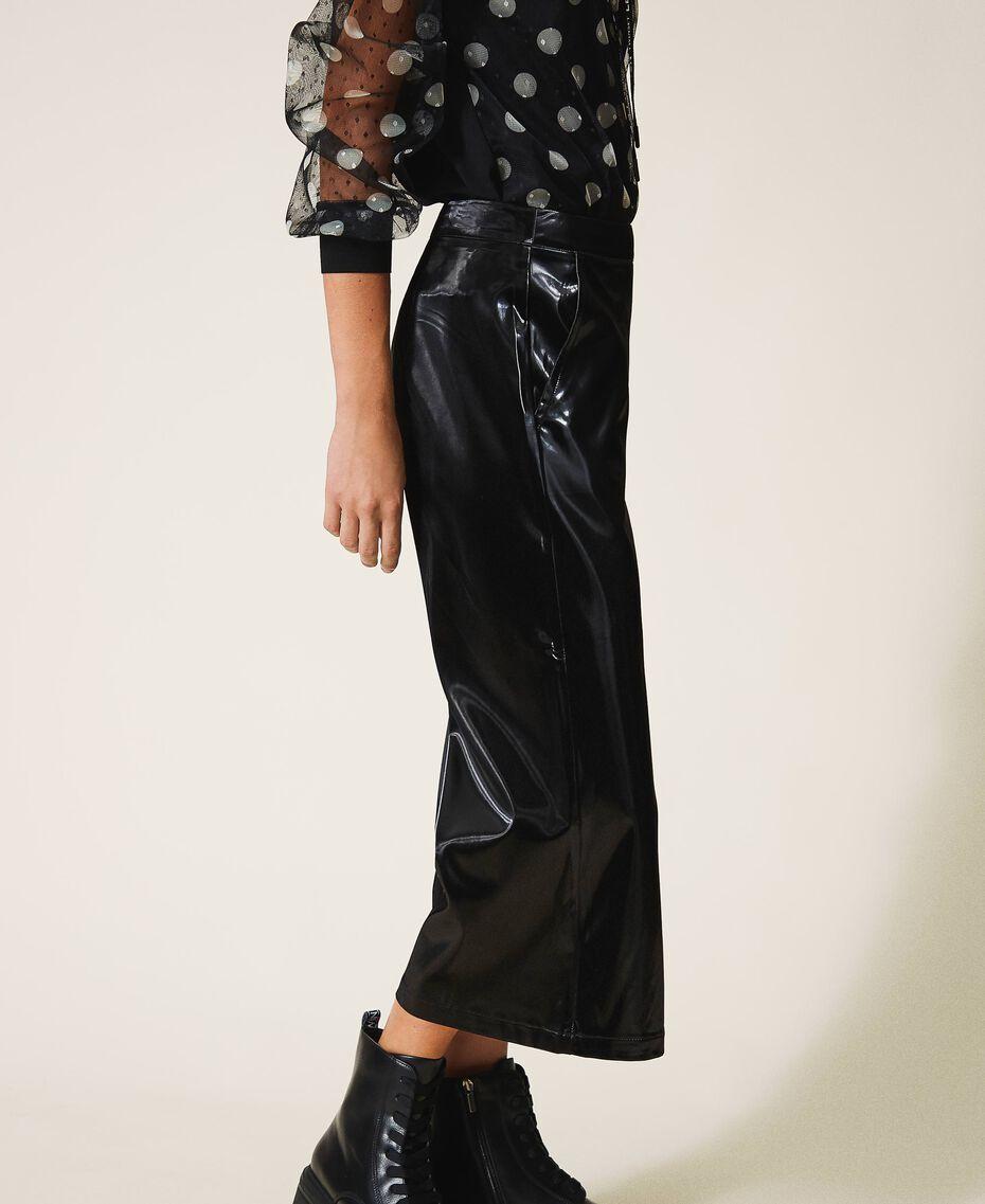 Pantalón cropped de piel charol Negro Mujer 202LI2JFF-02