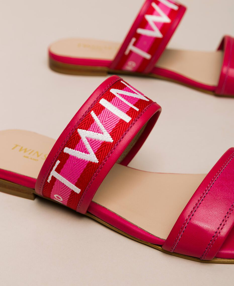 "Leather sliders with logo band Two-tone ""Geranium"" Red / ""Jazz"" Pink Woman 201TCT04J-01"