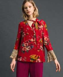 Bluse mit Blumen-Animal-Print Feldblumenprint Granatapfel Frau 192TP2751-02