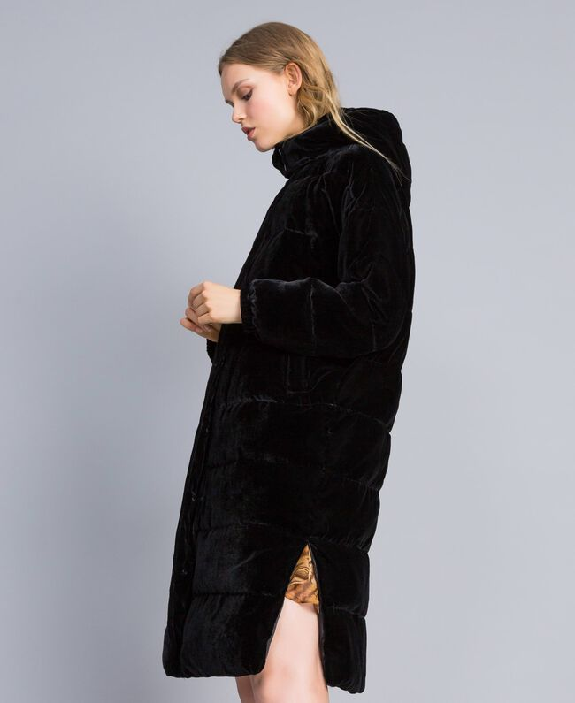 Lange Steppjacke aus Samt Frau, Schwarz | TWINSET Milano