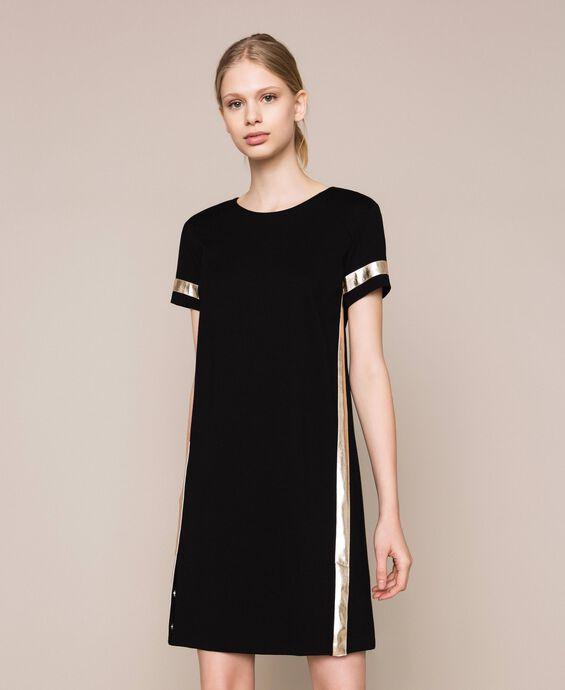 Kleid mit Galons aus Metallic-Lederimitat