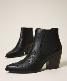 Texas ankle boots with pearls Black Woman 202MCT026-01
