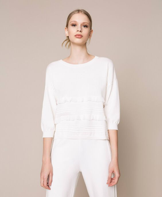 Jumper with stitching and frills