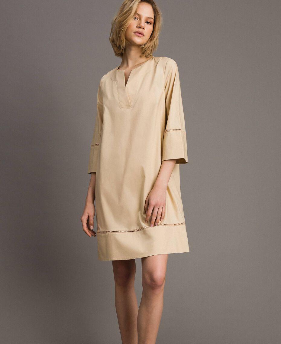 """Popeline-Kleid mit Stickerei """"Marzipan"""" Beige Frau 191TT2242-02"""