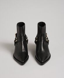 Leather Texas ankle boots Black Woman 192TCP10G-05