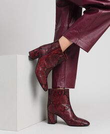Leather ankle boots with animal print Beet Red Python Print Woman 192TCP12Q-0S